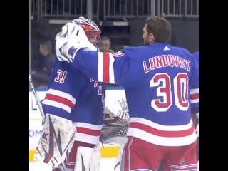 Игоря Шестеркина поздравляют с дебютом в NHL