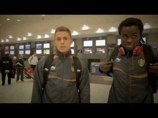 Thorgan Hazard & Jordan Lukaku congratulate Eden Hazard & Romelu Lukaku