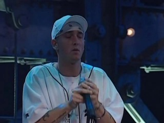 The Real Slim Shady (Live) - SNL (2000)