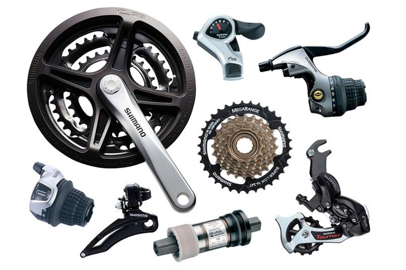 Tourney (7 или 8 звезд) - оборудование начального уровня для прогулочных велосипедов; внутри группы имеется ряд подгрупп (к примеру TX, ZT). TX, вроде, чуть лучше в плане дизайна. С 2017 года в групсете появились роторы Centerlock. Максимальный диапазон кассеты 14-34 в моделях 2018 года.