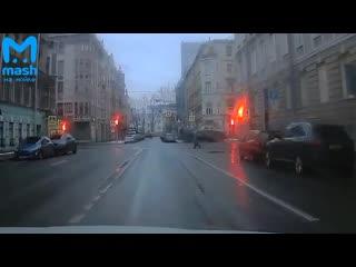Путешествия эвакуатора на Петроградке