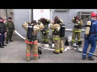 Спасатели тушат условный пожар на Белоярской атомной электростанции