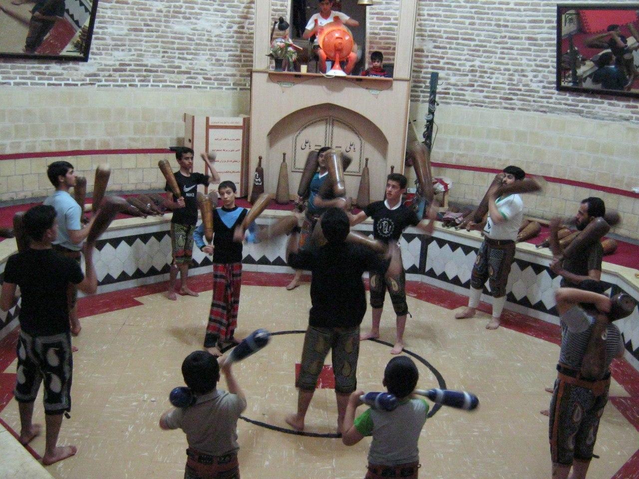 уникальный вид спорта в Язде в Иране