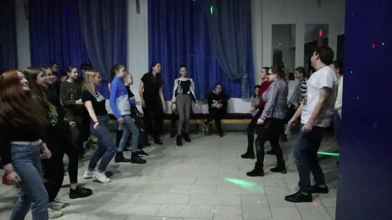 Танцы с вожатыми Фрагмент смотреть онлайн без регистрации
