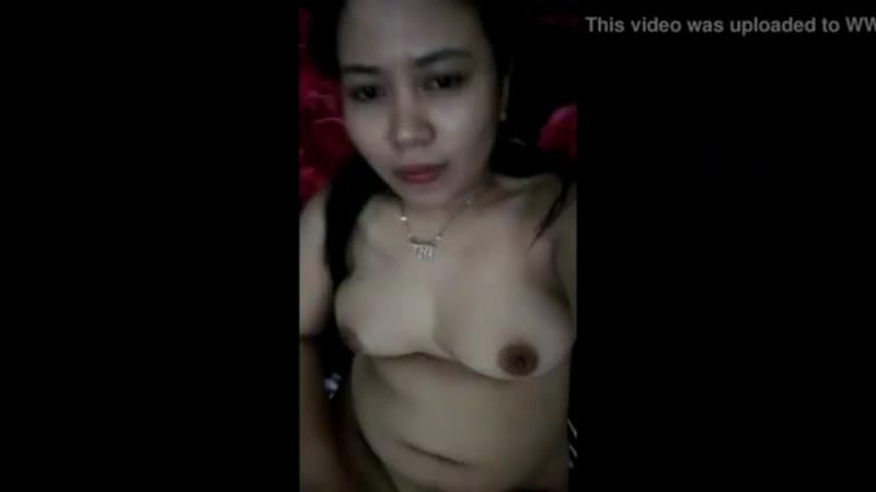 Bokep indo janda cantik montok lagi masturbasi colok memek crot sexy