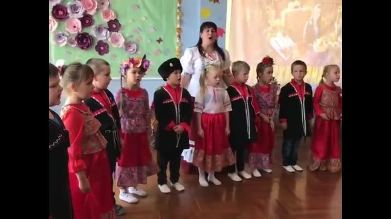 Развеселая Ярмарка прошла сегодня в группе казачьей направленности детского сада № 16 города Белореченска Разгулялись казача
