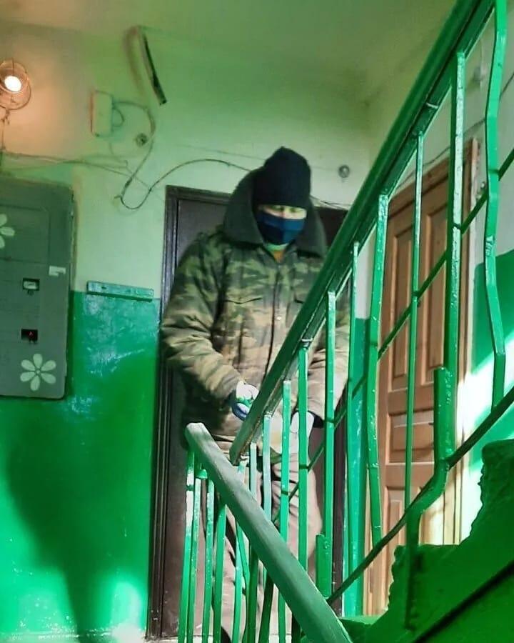 Управляющие компании Петровска начали дезинфекцию подъездов