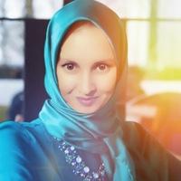 Алина Ильясовна
