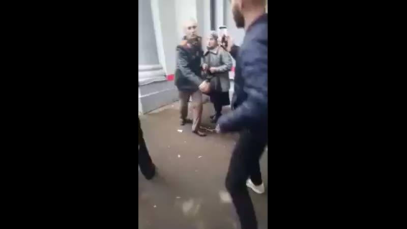 Полицаи2019- 2020 года против ветеранов ВОВ, вставай страна огромная .mp4