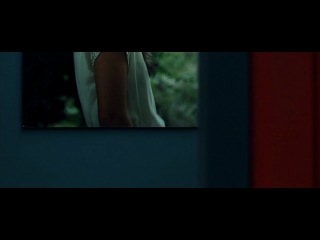 """""""help... a teenager cut my balls off. call the police""""  (hard candy, 2005)"""