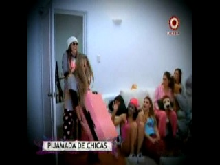 Alejandra Baigorria aconsej a Korina Rivadeneira en la pijamada que organiz
