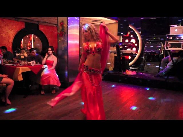 Bellydancer Yuliya Yuliya Bellydance with veil at Sayat Nova NJ