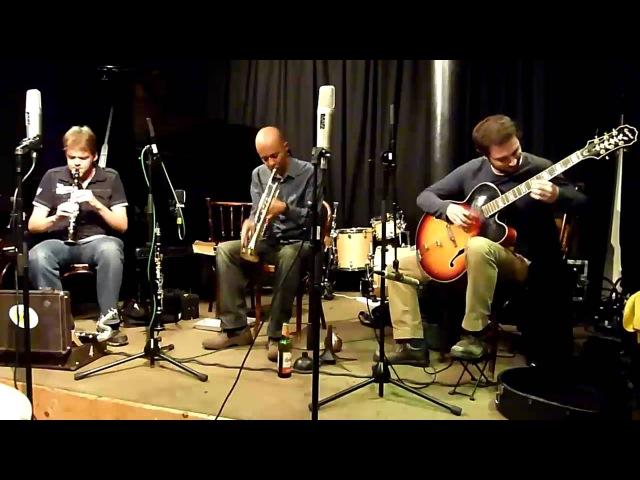 Roland Ramanan, Tom Jackson, Daniel Thompson Trio - Part 1 16.9.12