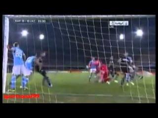 Miroslav Klose has shown admirable fair play today Lazio vs Napoli 26-09-2012