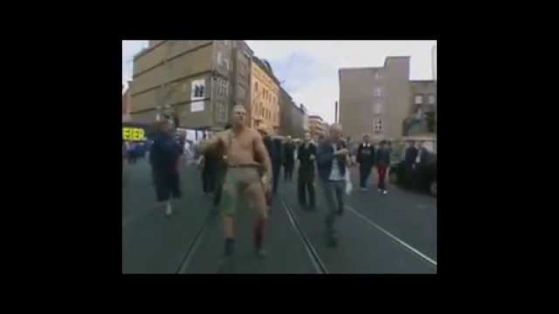 Viking man dancing riddim dubstep