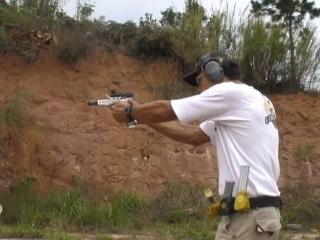 Jaime Saldanha Jr. Скоростная стрельба из пистолета