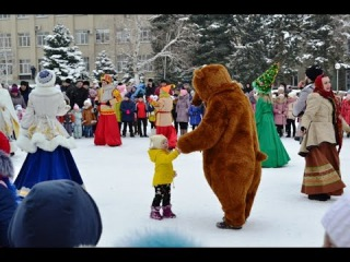 Жителей Кочубеевского района посетил Ставропольский Казачий Дед Мороз