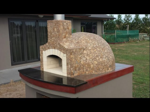 Wood Fired Pizza Oven Construction How we built our Pompeii dome pizza oven 2015