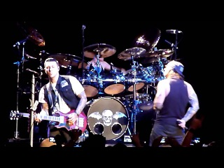 Avenged Sevenfold - Requiem - LIVE! - Hail To The King Album Release Party  -
