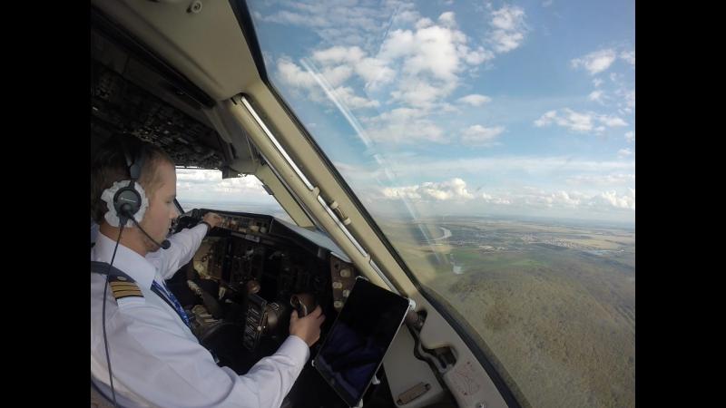 Заход на посадку в Тюмени аэропорт Рощино