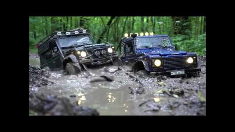4x4 off road mudding rc Land Rover defender 90 WildBrit feat Defender 110 HCPU