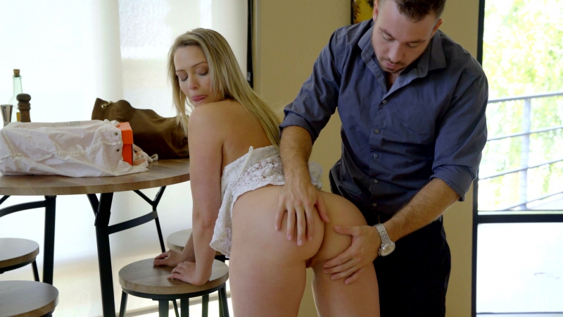 Mia Malkova ( World Class Ass) 2017, Big Boobs, Blonde, Girl Boy, Girl Orgasm, Deep Throat, Pussy Licking,