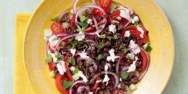 10 очень вкусных салатов со свежими помидорами, изображение №9