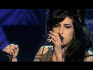 Amy winehouse back to black (live in london 2007)