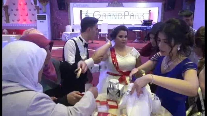 özkan ve haticenin düğünü