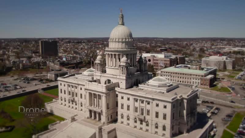 Самый маленький штат США Род Айленд и столица город Провиденс
