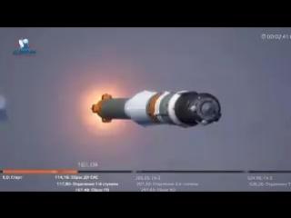 """Во время старта ракеты-носителя """"Союз МС-10"""" с новым экипажем МКС произошла авария."""