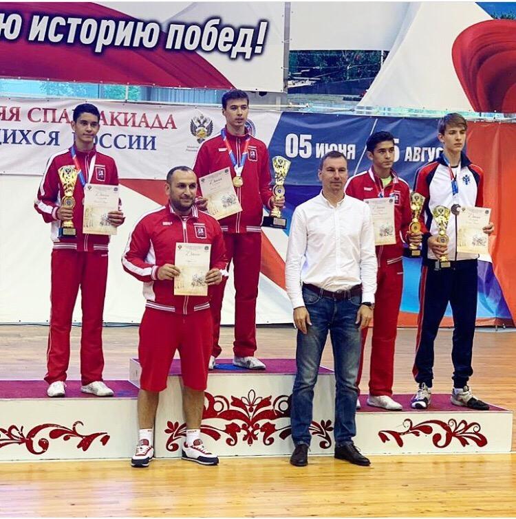 Онищук Кирилл бронзовый призёр по шпаге летней Спартакиады учащихся России 2019 года.