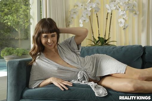 Riley Reid 2