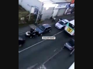 BlancMesnil (93) : lors de son delit de fuite, il fonce volontairement sur un scooter avant de prendre a nouveau la fuite