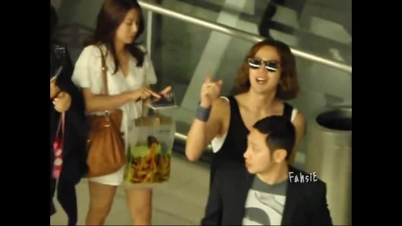 2011 05 29 Keunsuk @Thai airport