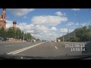 Мир не без добрых людей (Социальный ролик о добре на дорогах)