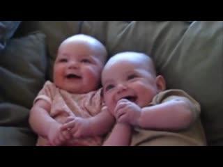 Лучший детский смех видео. Подборка