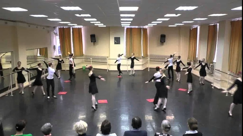 Горно Марийский танец СПбГУКИ 1 подгруппа