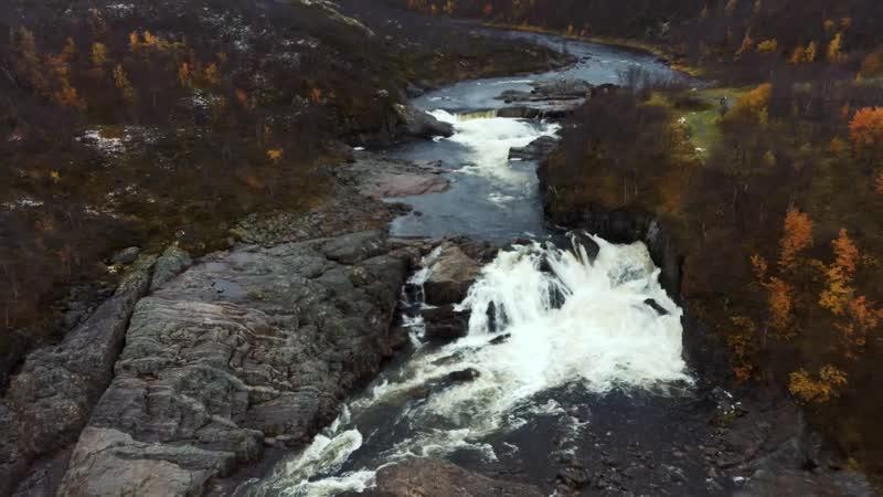 Водопад на реке Титовка Мурманская область