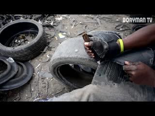 КАК ТАКОЕ ВОЗМОЖНО ПАРЕНЬ ИЗ АФРИКИ РАЗБОГАТЕЛ НА СТАРЫХ ШИНАХ