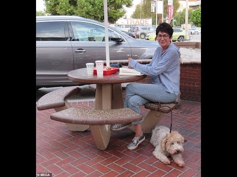 Ghislaine Maxwell In-N-Out...STAGED