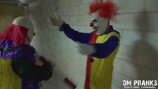Killer Clown 5   Apotheosis! Scare Prank! mp4