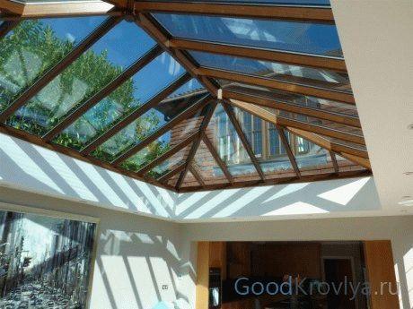 Стеклянная крыша – роскошь или необходимость стать ближе к небу