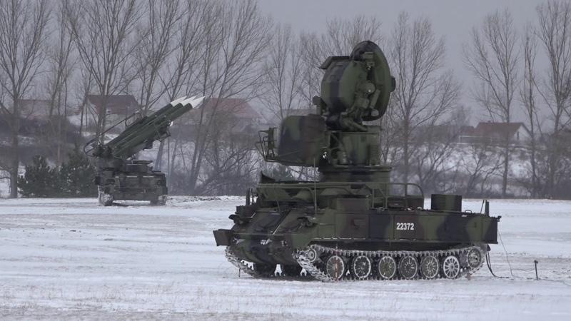 Obilazak 230 samohodnog raketnog diviziona za PVD u niškoj kasarni Mija Stanimirović