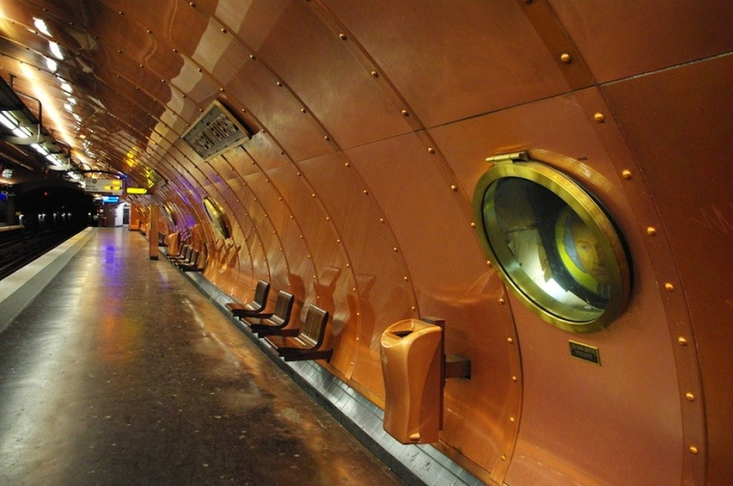 ТОП самых красивых метро, изображение №21