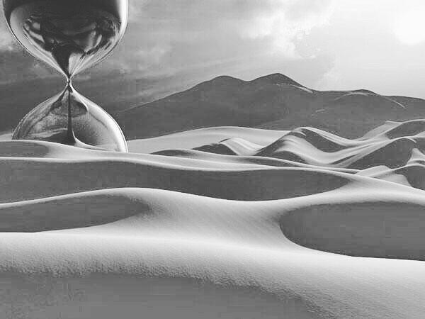 Амира Королевская: 🌙✨Пророк Мухьаммад ﷺ сказал, смысл: «Для успешного завершения задуманного дела скрывайте его, ибо, поистине, у каждого обладателя блага есть (свой) завистник»  Передал имам Ат-Табараний и Аль-Байhакий. 🌙✨