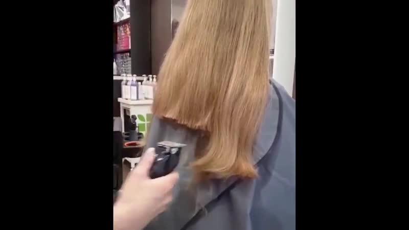 Иногда мы даже не знаем, что круче 🤷🏼♀️ Длинные волосы или классная короткая стрижка 💇♀️. . ❤️ Но уверены в одном☝️ : не важно