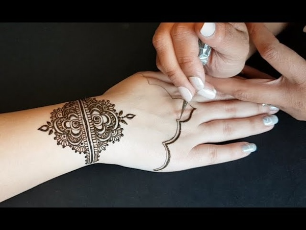 Comment réaliser un modèle henné pour Mariée