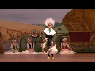 La fille mal gardée the clog dance from act i (the royal ballet)
