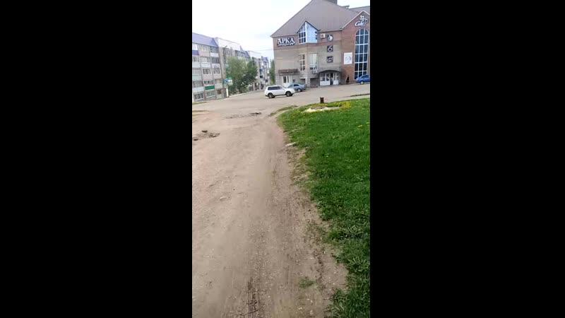 Заез во двор по ул. Машиностроителей